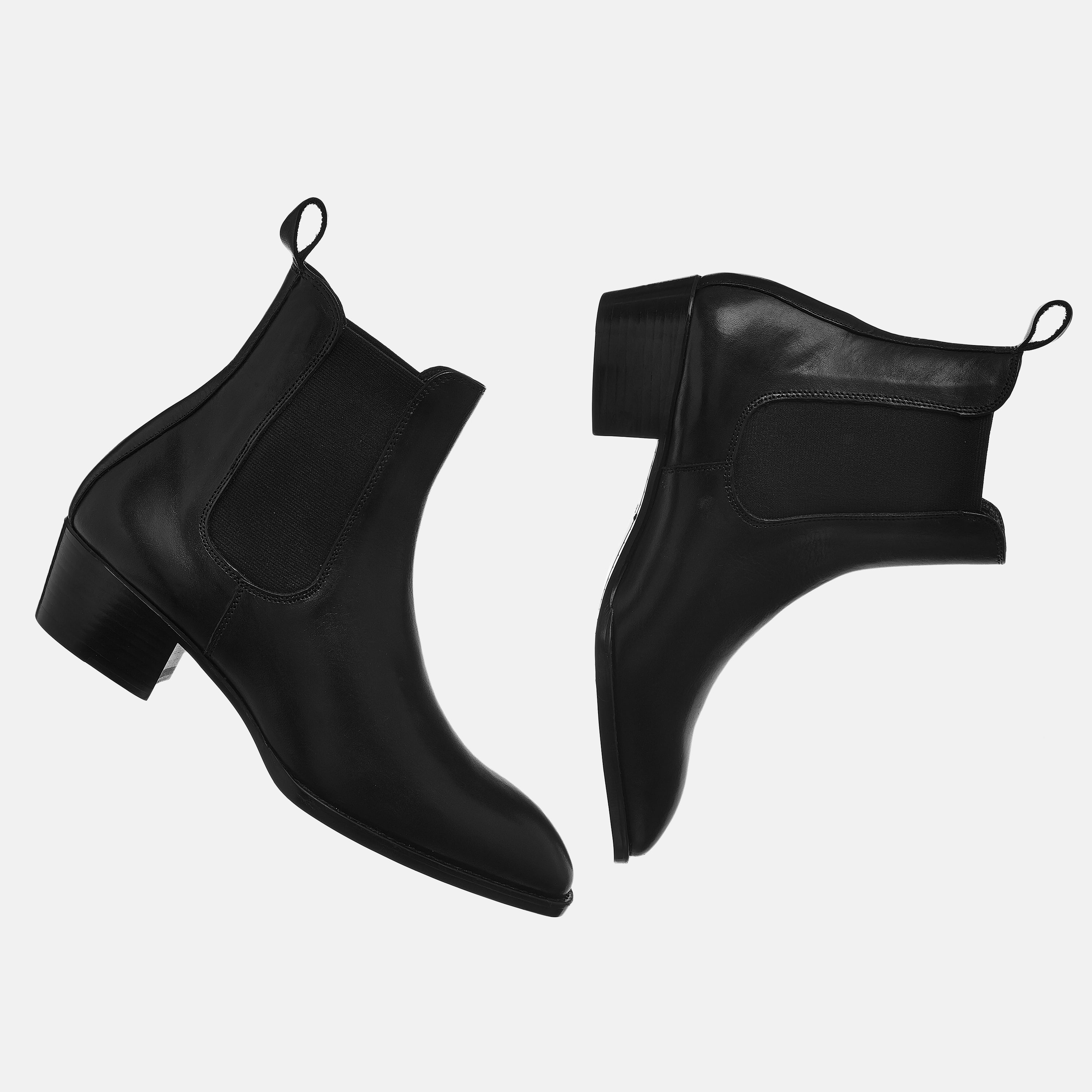 Leather Chelsea Boots In Black Leather Chelsea Boots In Black SS2020 3 1