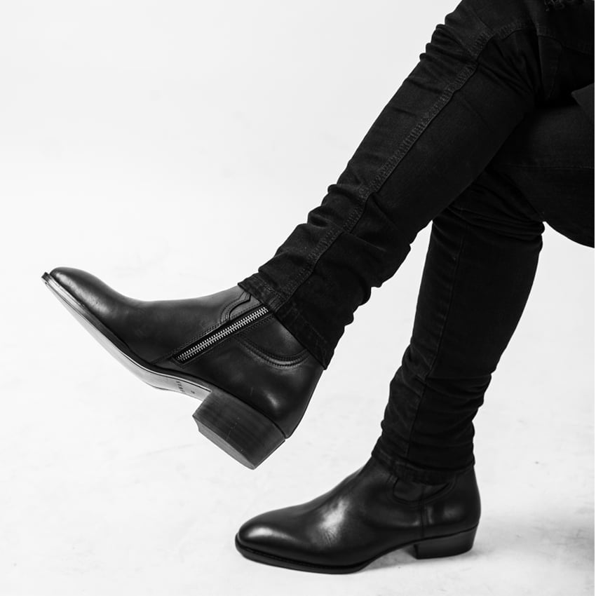 Leather Zip Boots In Black Leather Zip Boots In Black SS2020 4