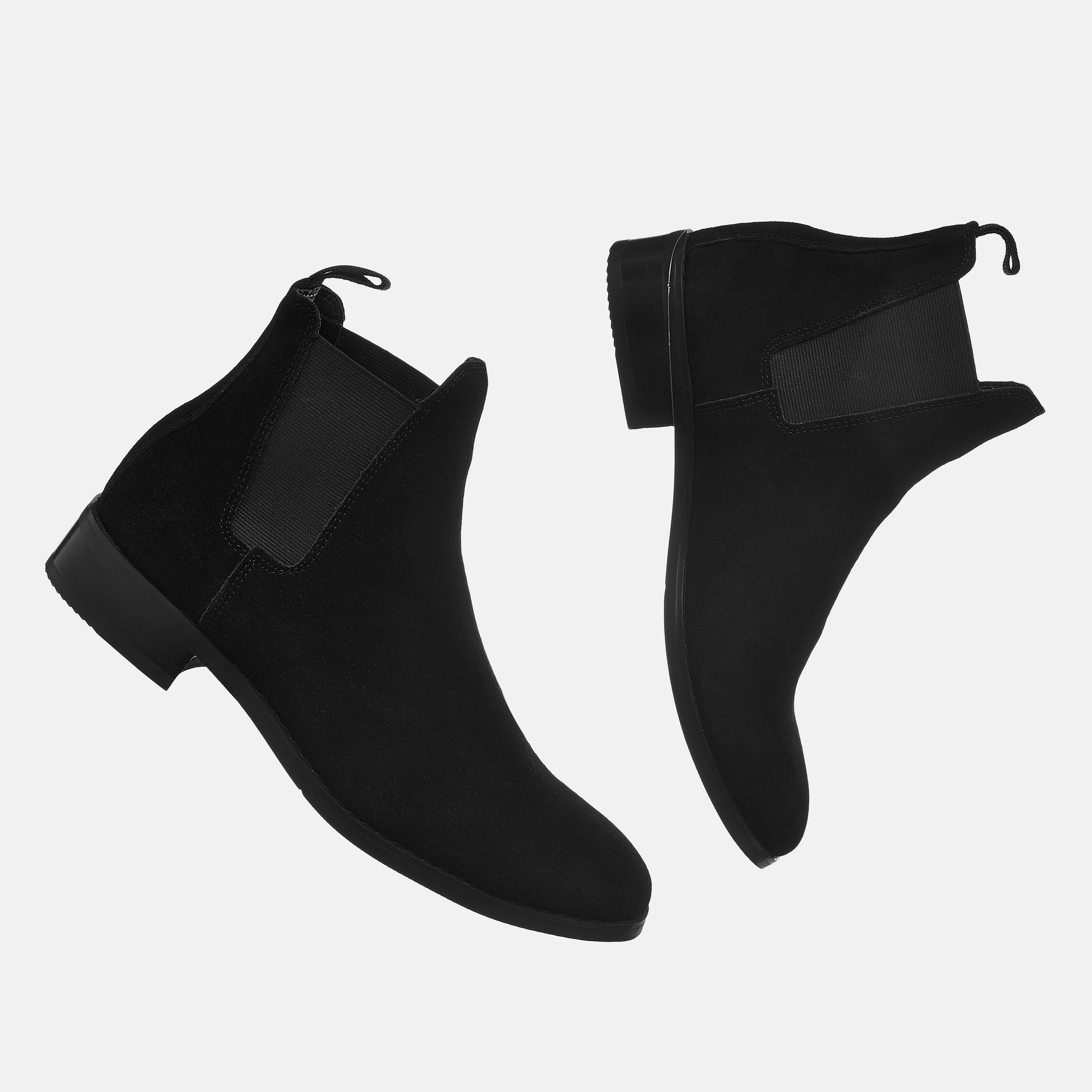 Suede Chelsea Boots In Black Suede Chelsea Boots In Black 3 1